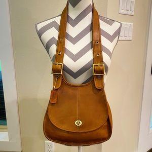 Coach Vintage👜 Crescent Bag RARE! 9235👜